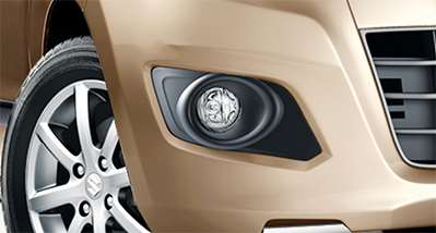 Sporty-fog-lamp-bezel-design